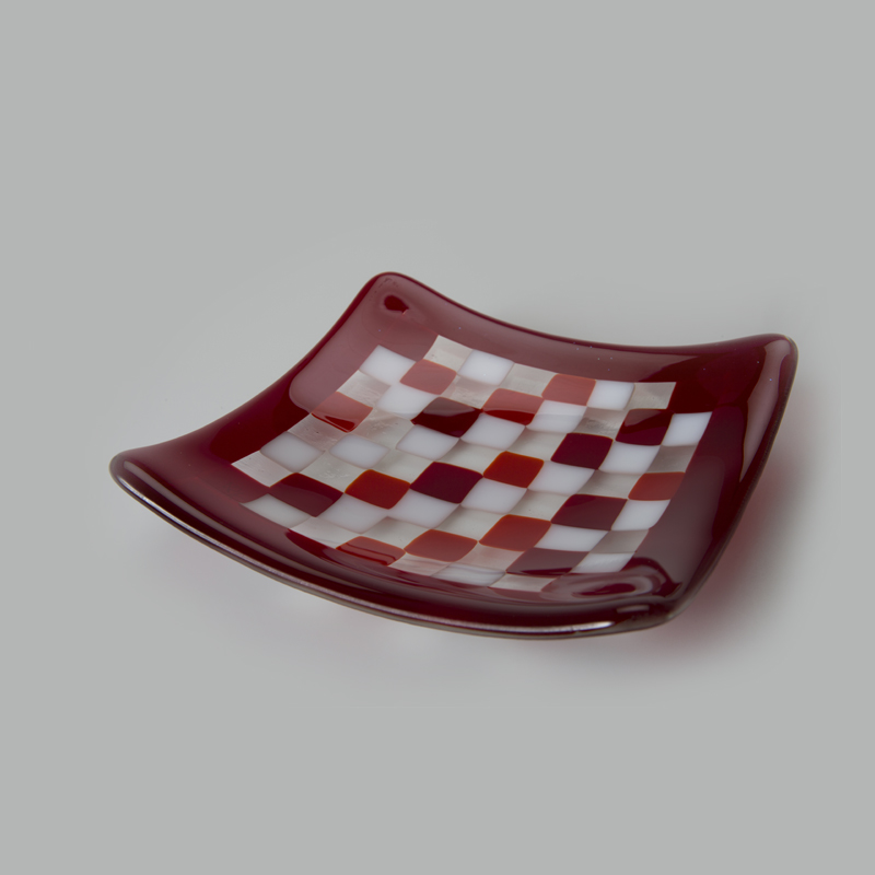 Red Mosaic plates